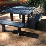 Stamped concrete natural wet rock look - Outdoor setting in Brisbane